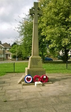 Cenotaph in Corby Old Village