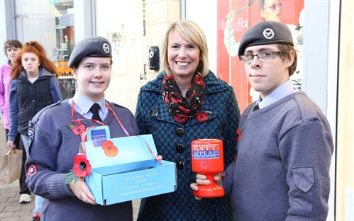 Poppy Appeal Cdt Walvin And Cdt Ewers